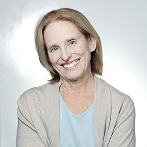 photo of Dr. Darcy Kelley