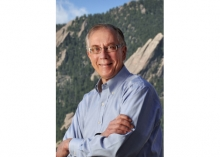 photo of Dr. Tom Cech